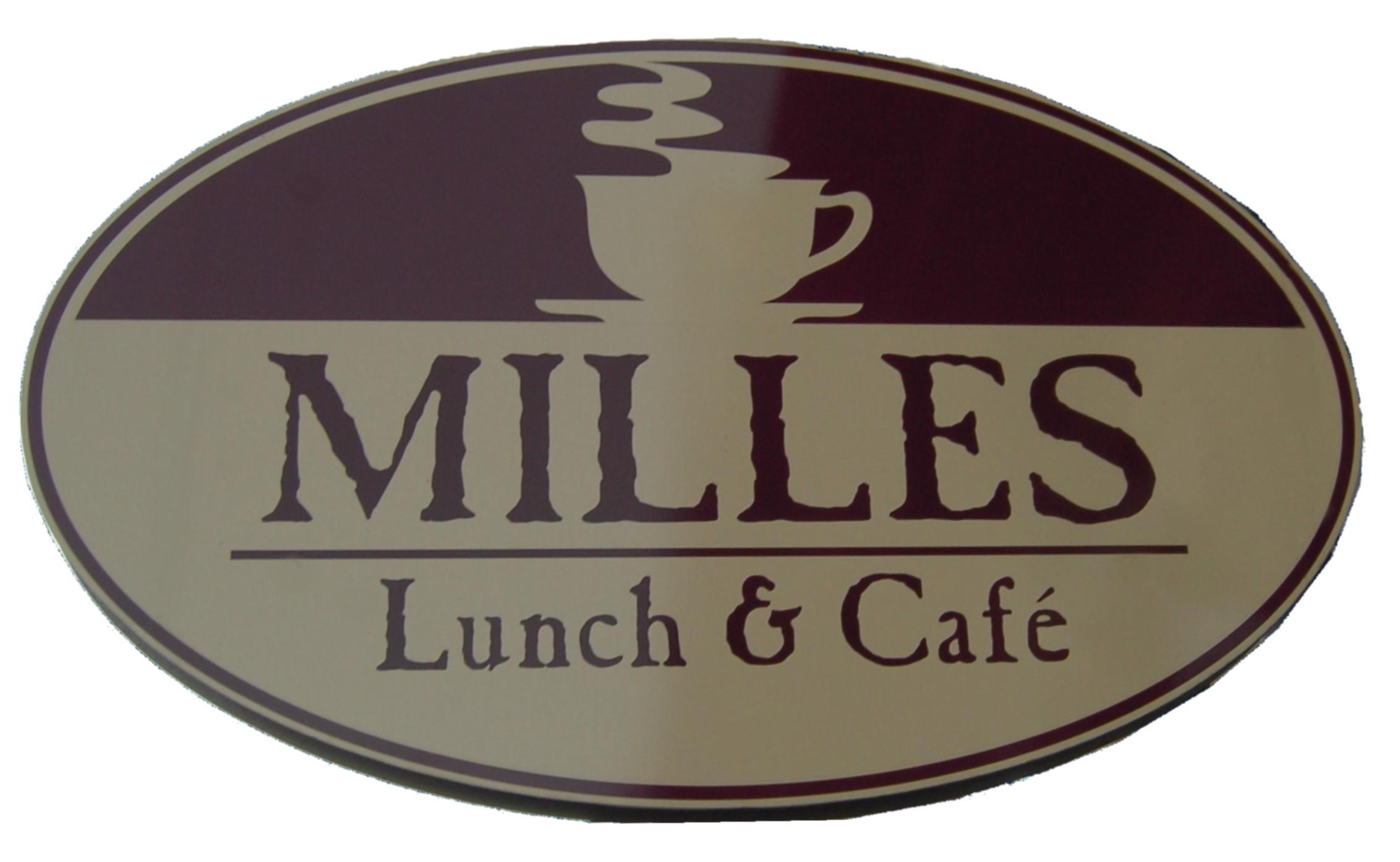 """Ett Café för """"regnbågens barn"""" i centrala Laholm!"""
